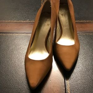 Via Spiga Leather pumps